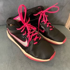 Nike hightop sneakers